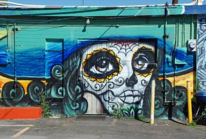 Calle 16 flourishes culturalmash for Calle 16 mural project