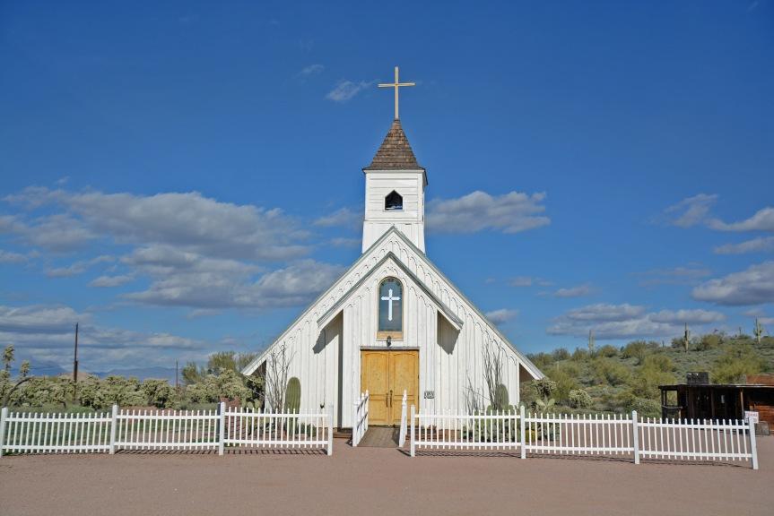 elvis-chapel-1